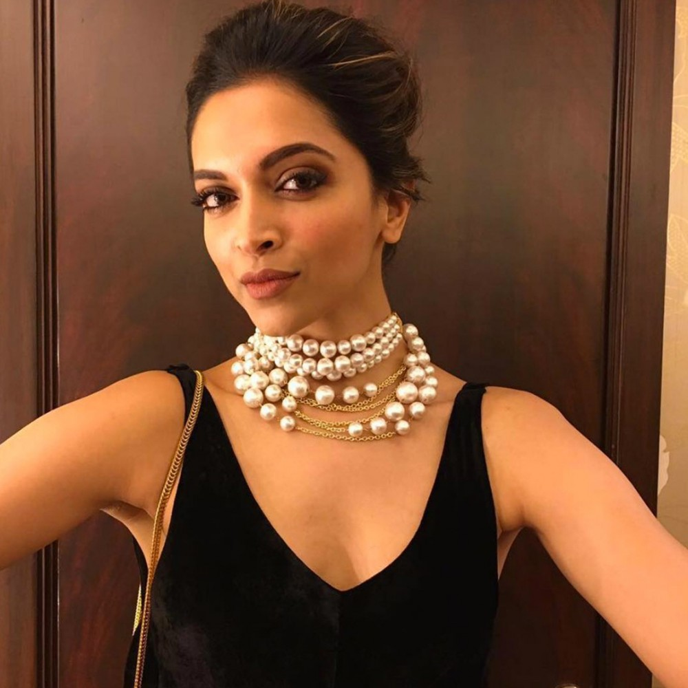 Top 10 Actress Who Rocked Layered Necklace | Latest Articles | NETTV4U
