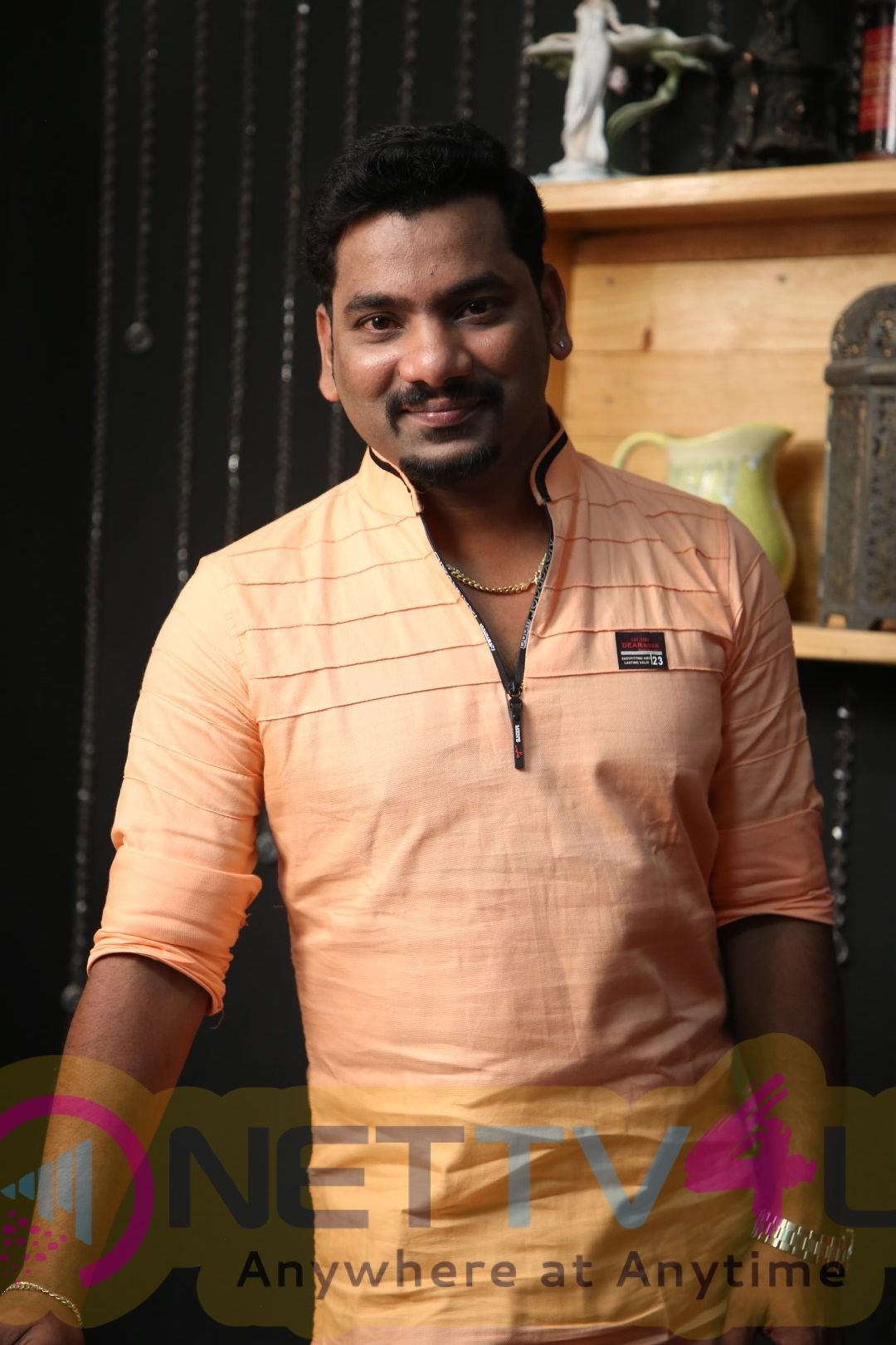 NewsReader Ranjith Exclusive Interview Photos Tamil Gallery