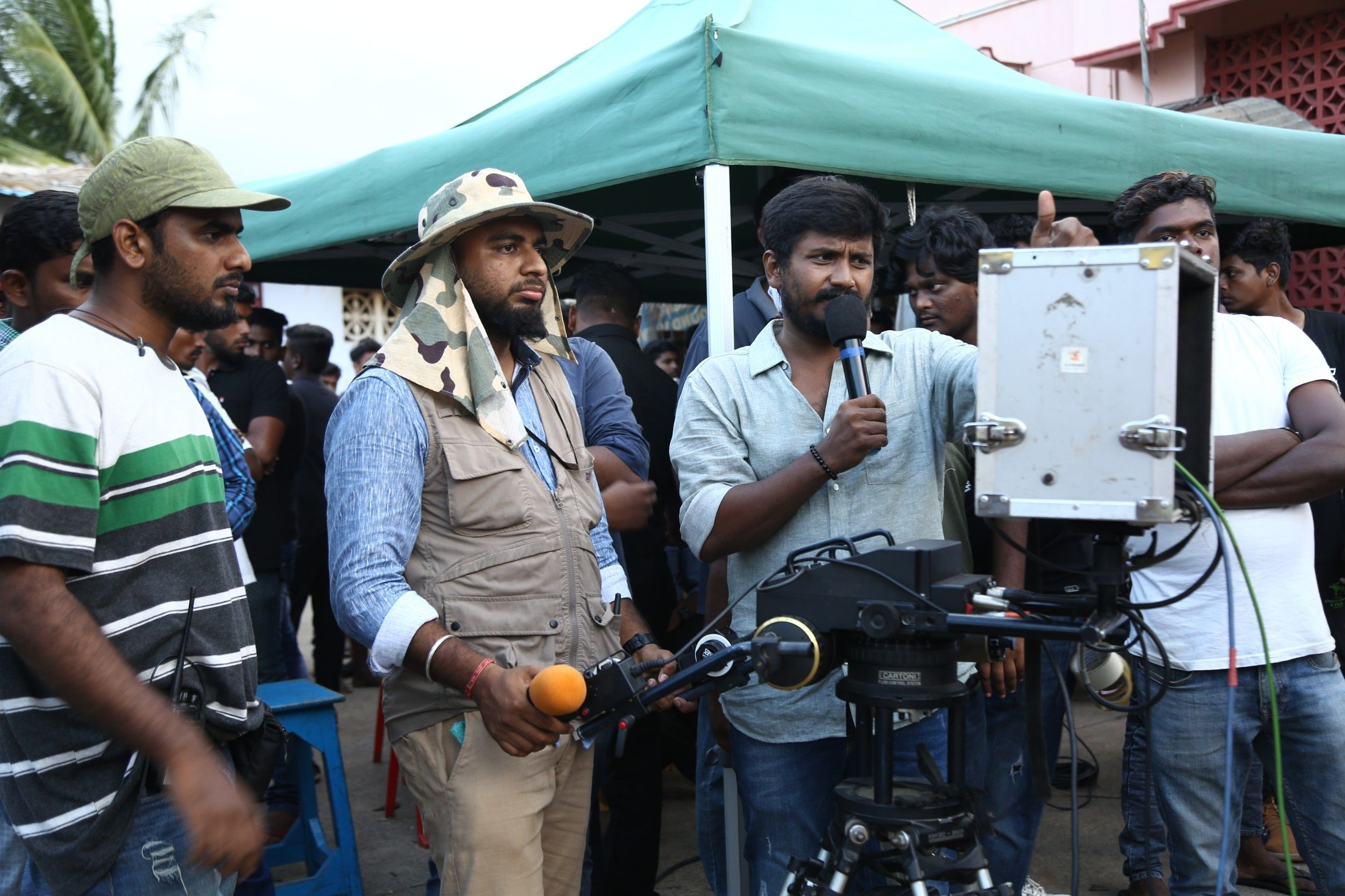 Sindhubaadh Shooting Spot And Working Stills Tamil Gallery