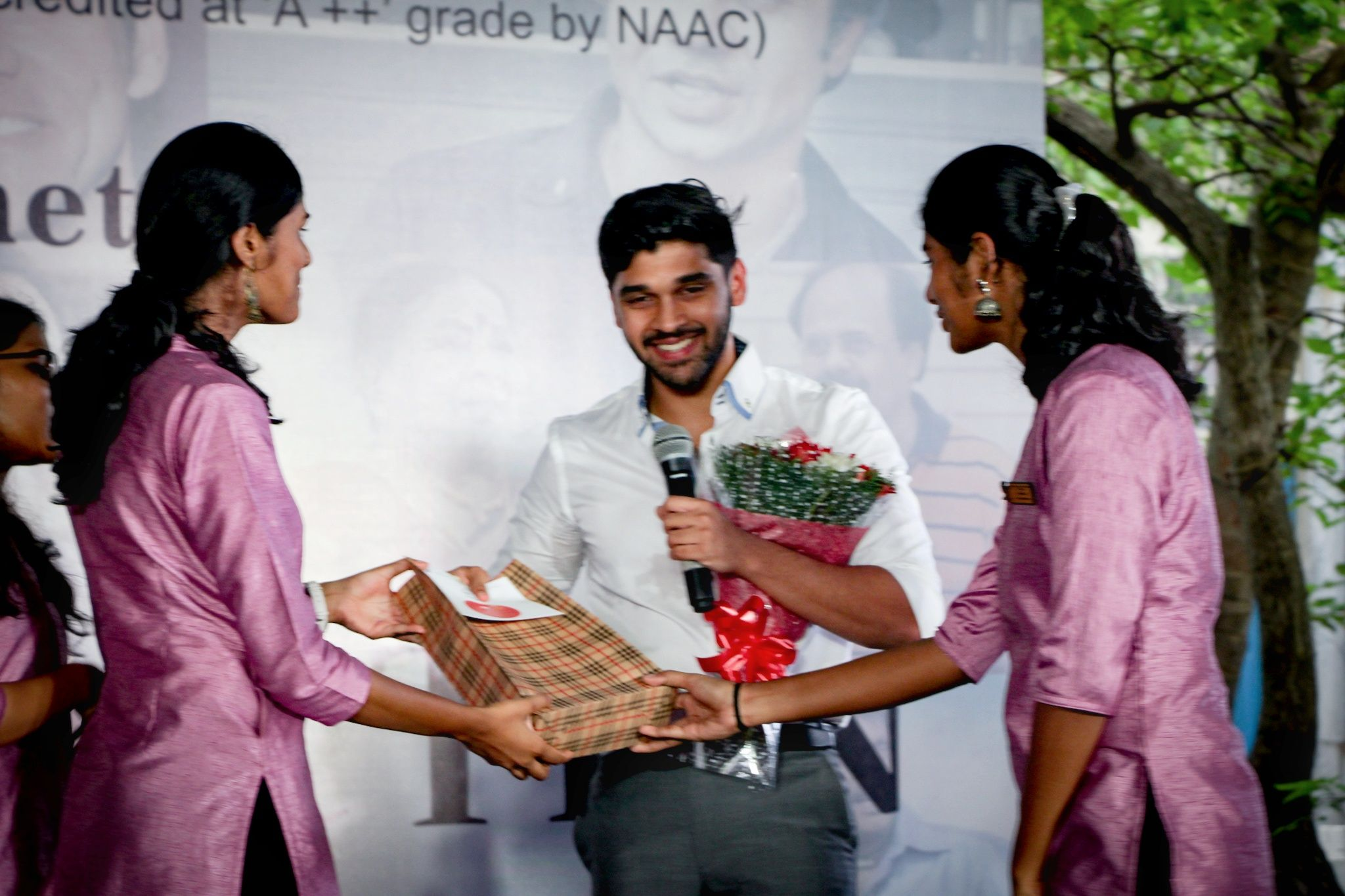 Dhru Vikram Went To MOP Vaishnav College For Promotion Images  Tamil Gallery