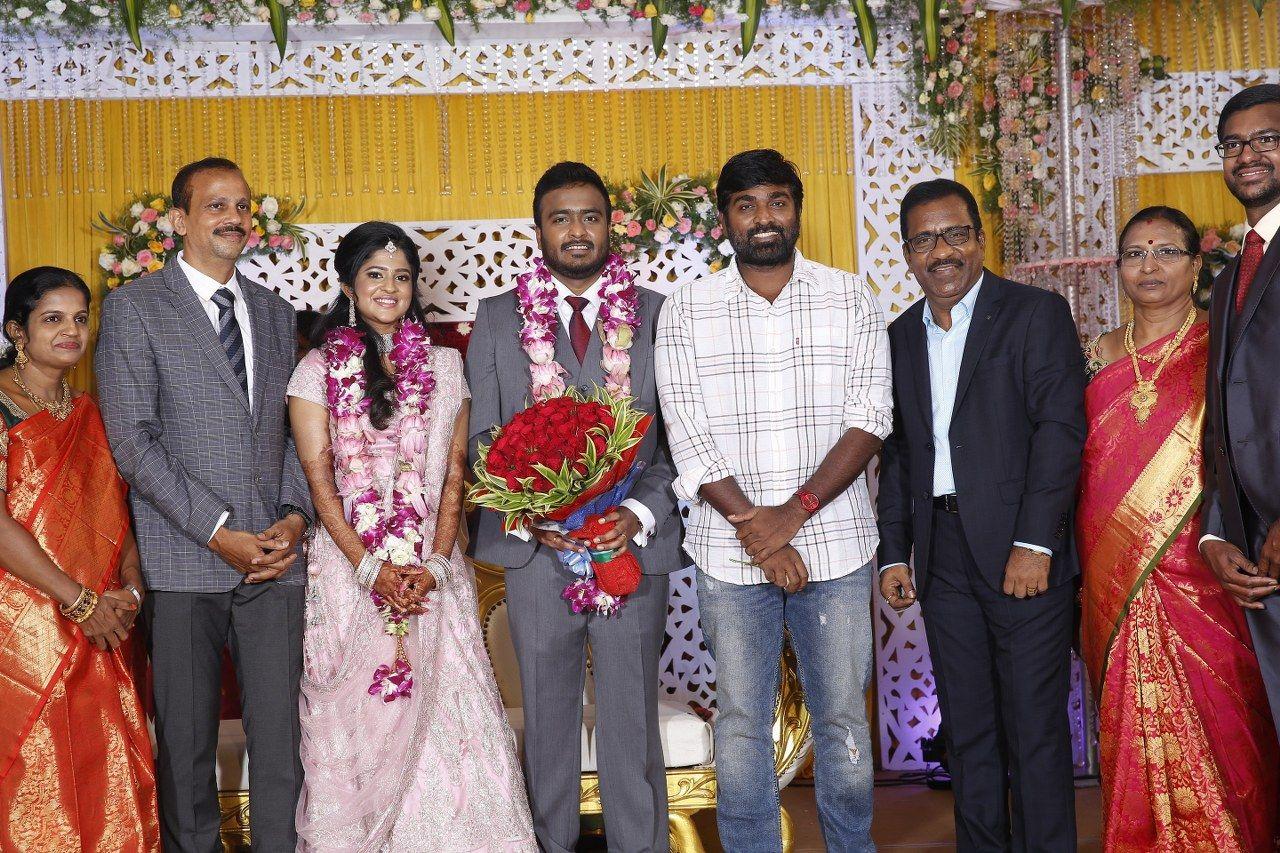 Actor Charlie Elder Son Adhithiya Charlie Wedding Reception Pics Tamil Gallery