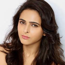 Madhurima Tuli Telugu Actress