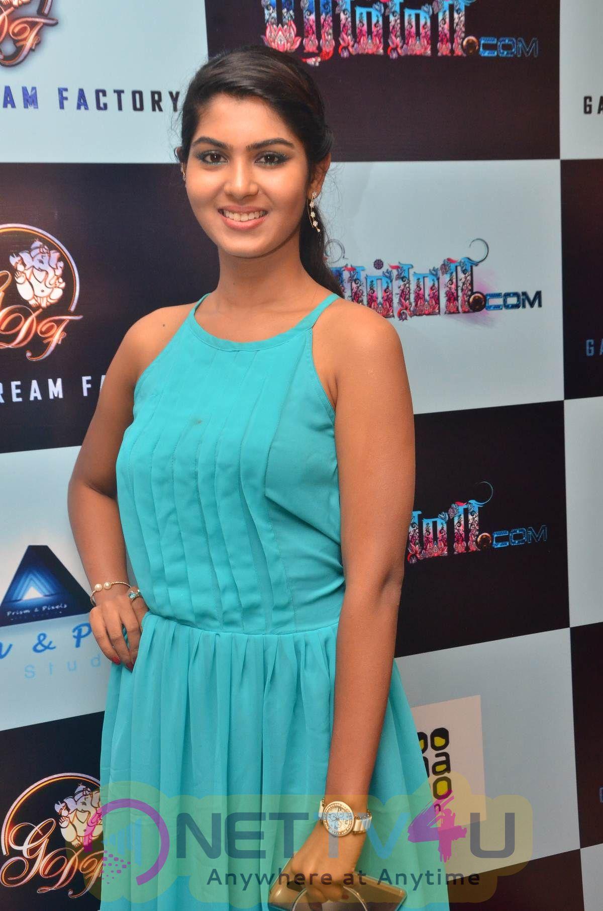 Actress Sumita Hazarika Cute Images Tamil Gallery