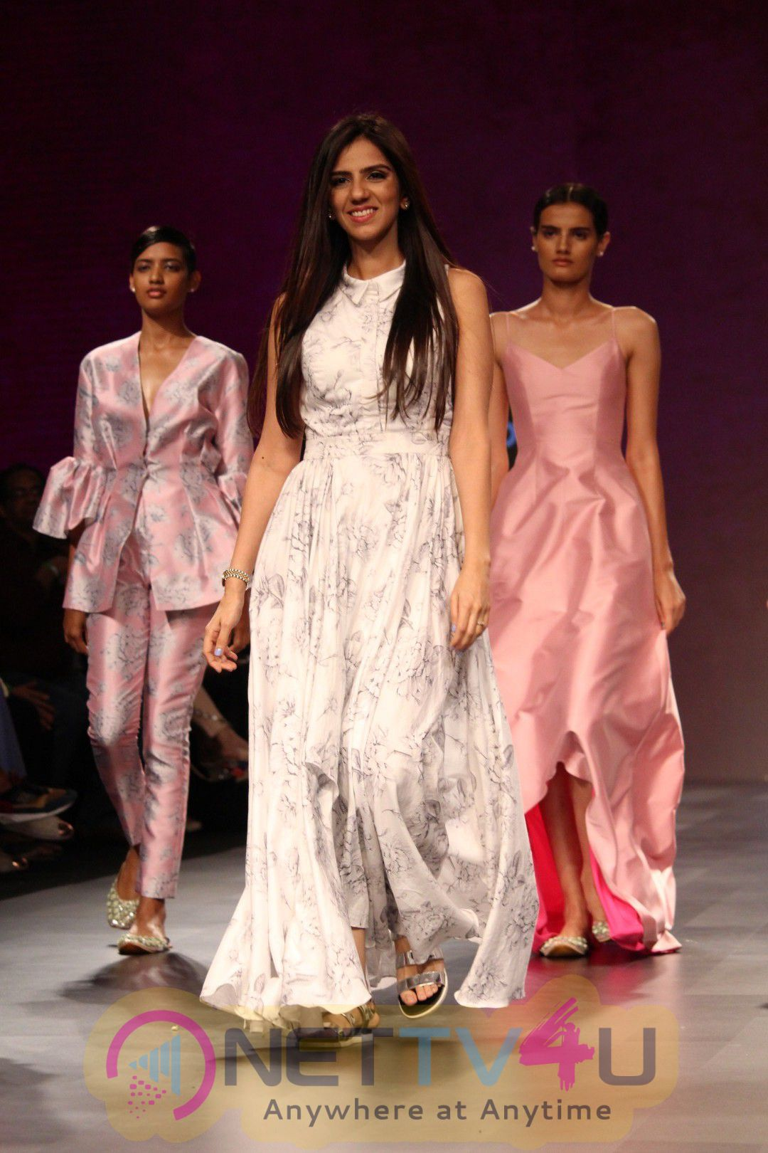 Stunning Photos Of Fashion Designer Nisha Lulla Walked On Lakme Fashion Week 448436 Movie Press Meet Pics Latest Event Images Stills