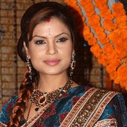 Aanchal Dwivedi Hindi Actress