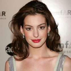Anne Hathaway English Actress