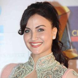 Elli Avram Hindi Actress