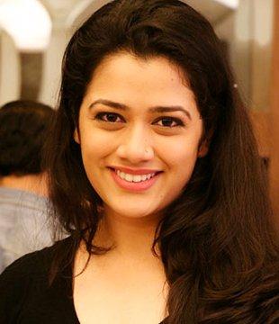 Girija Oak Hindi Actress