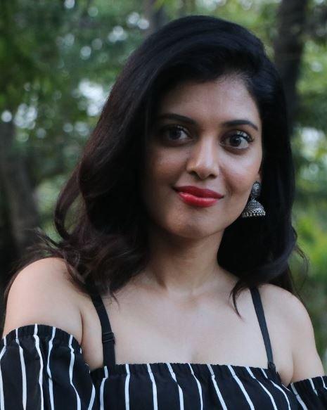 Sangeeta Krishnasamy Tamil Actress