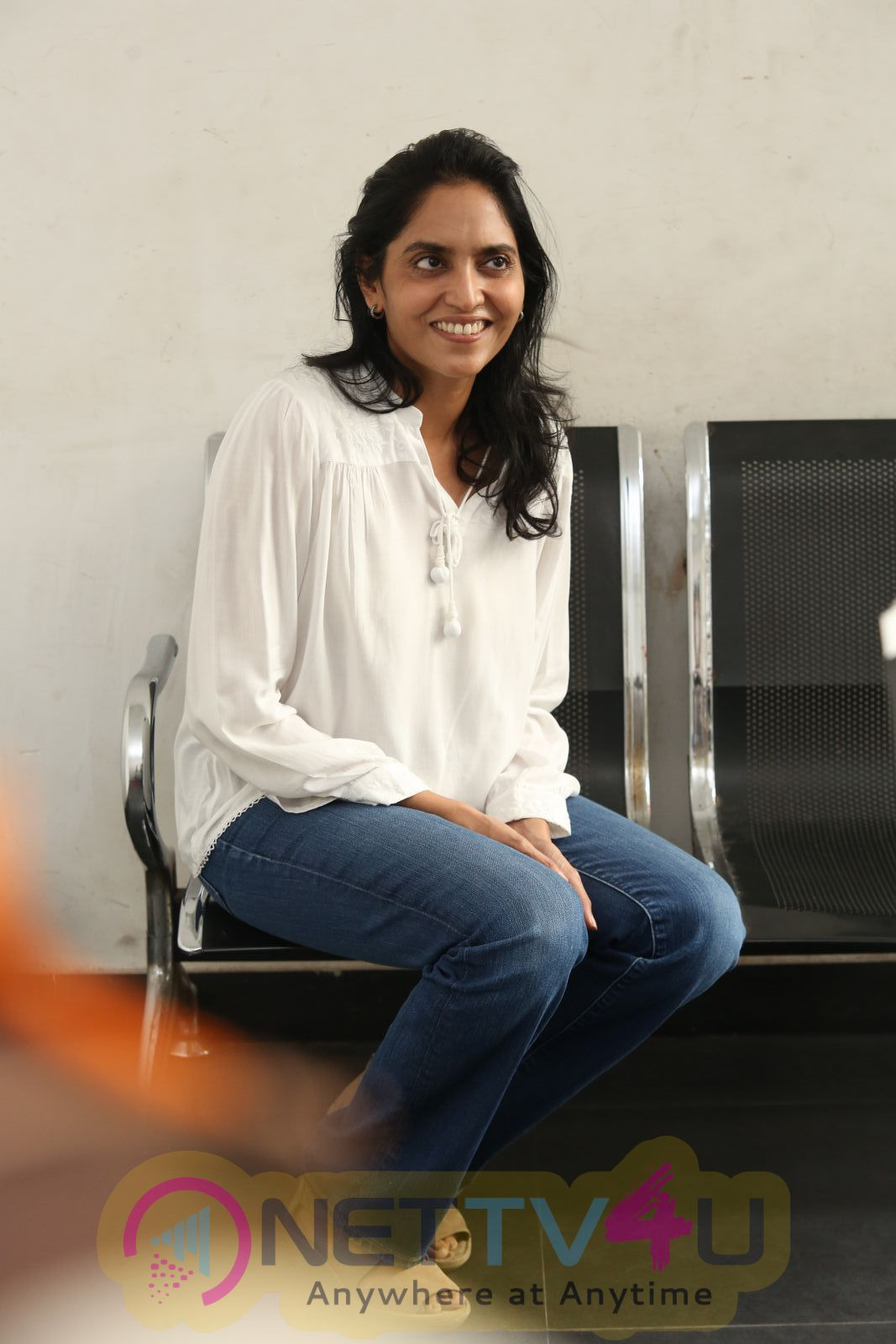 Actress Supriya Yarlagadda Good Looking Photos Telugu Gallery
