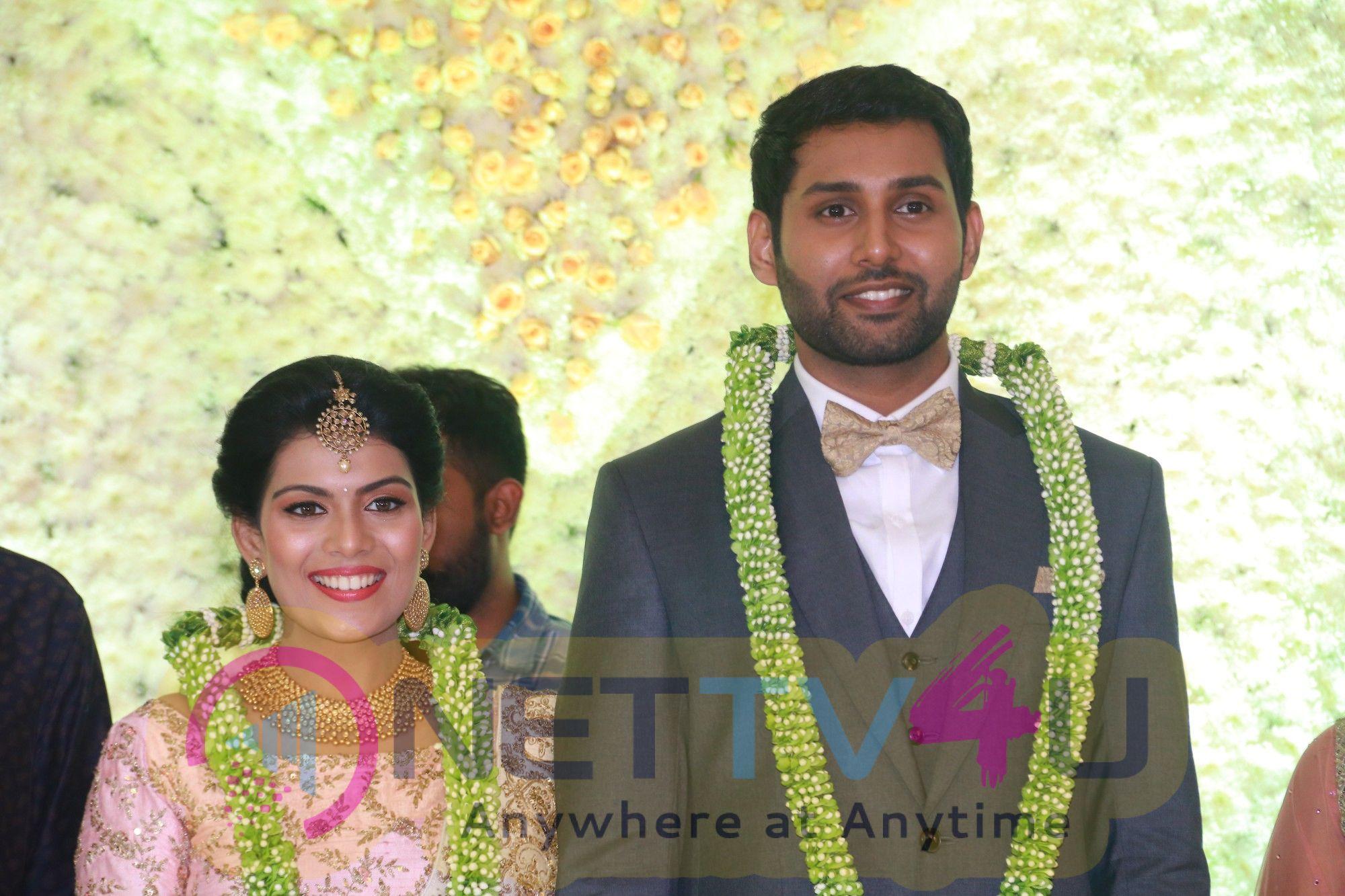AadhavKannadhasan Weds Vinodhnie Reception Image Tamil Gallery