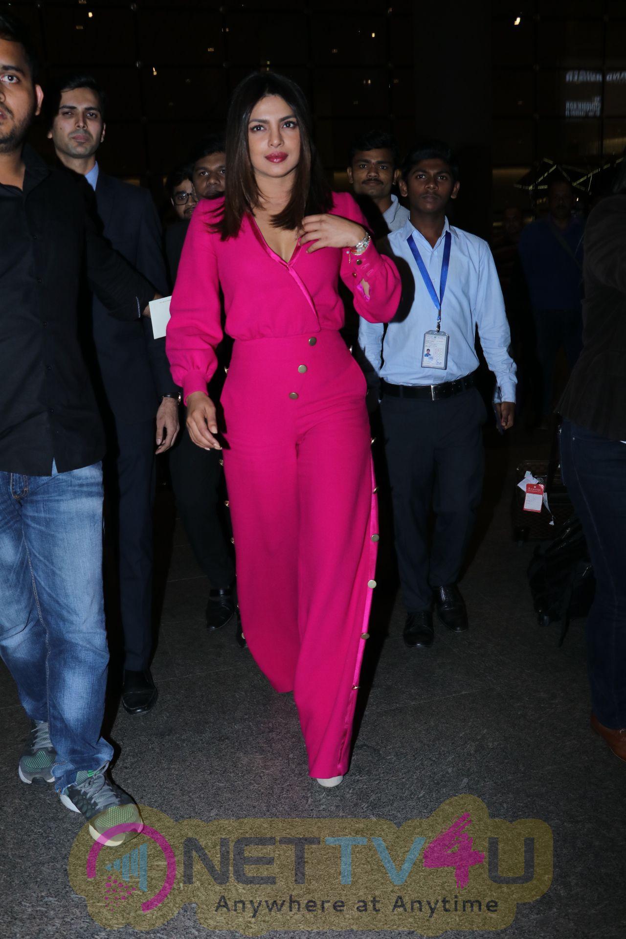Priyanka Chopra Spotted At Airport English Gallery