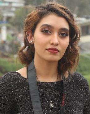 Dana Naidu Tamil Actress