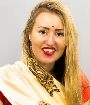 Evelina Asmonaite Hindi Actress