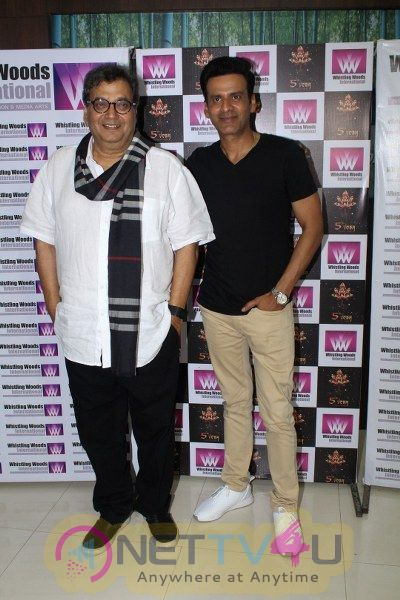 Manoj Bajpayee Interact With Whistling Woods International Students Hindi Gallery