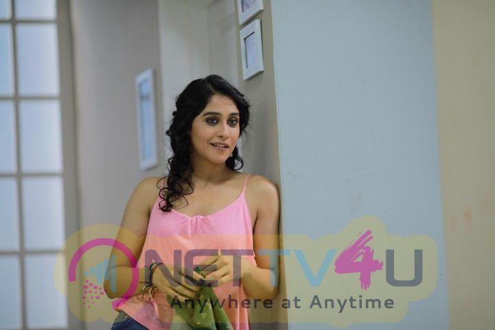 KallaPart Movie Working Photos  Tamil Gallery