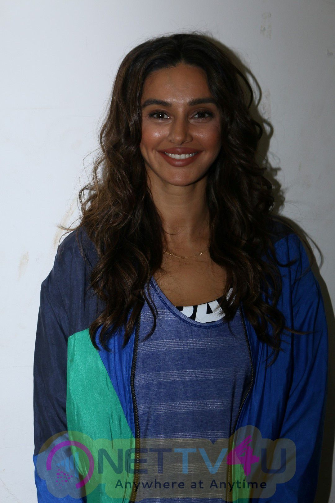 Sourav Ganguly Neha Dhupia & Shibani Dandekar Launch Of Tetley Super Green Tea Photos Hindi Gallery