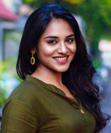 Indhuja Tamil Actress