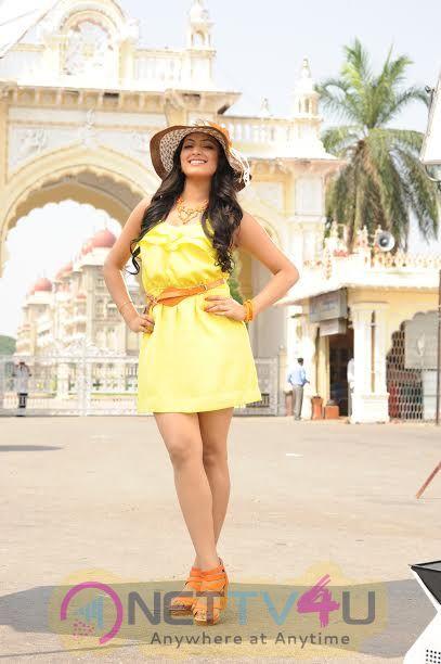 Silanthi 2 Movie Hot Stills  Tamil Gallery