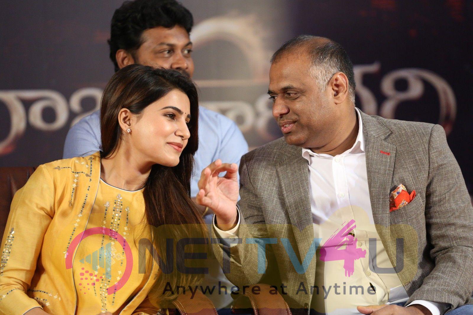 Raju Gari Gadhi 2 Press Meet Attractive Photos Telugu Gallery
