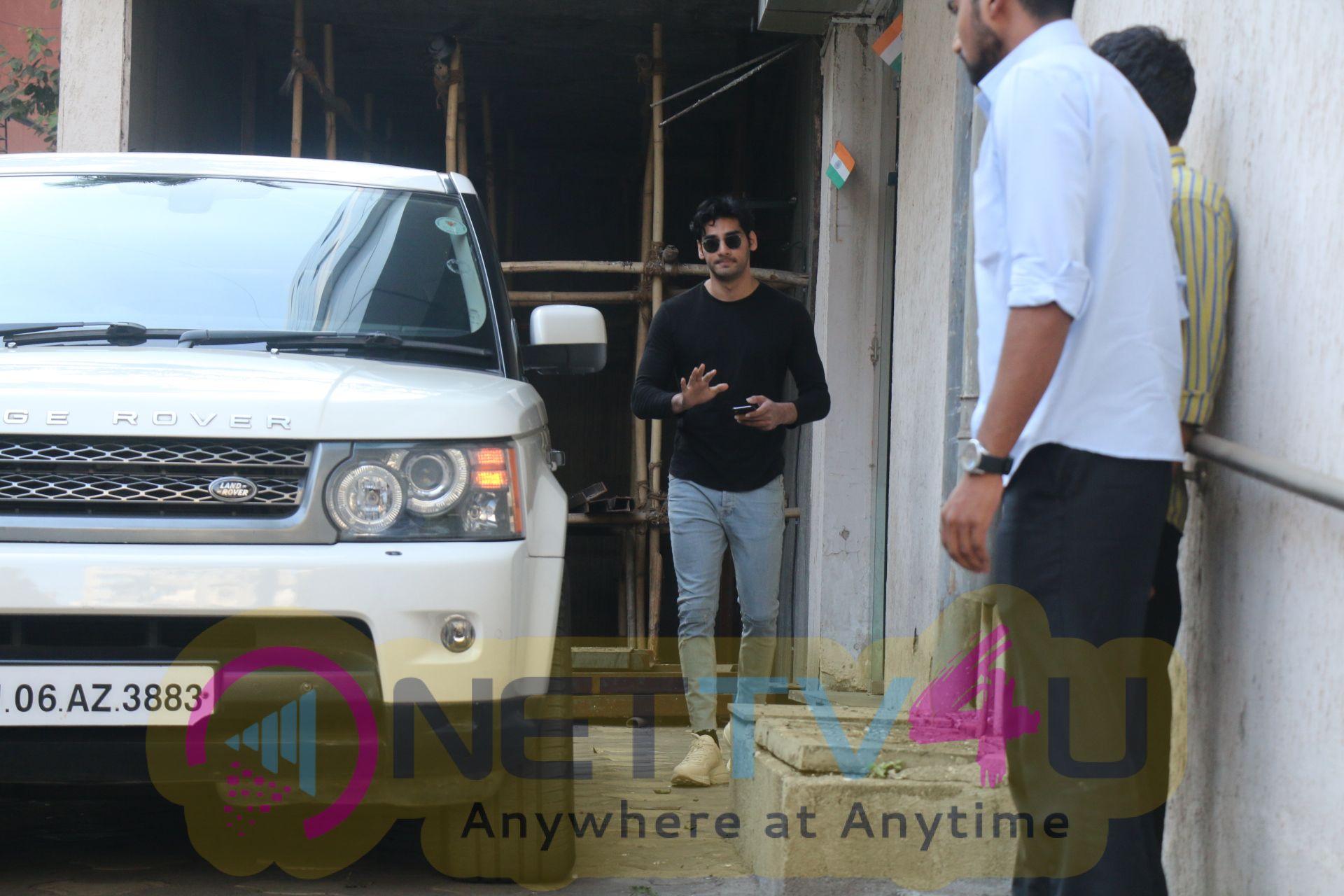 Aahan Shetty Spotted At Bandra Hindi Gallery