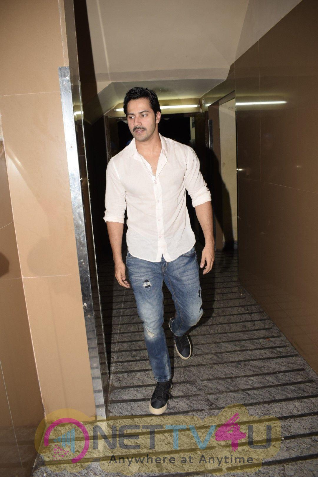 Varun Dhawan Came To PVR Photos Hindi Gallery