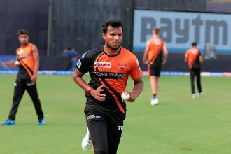 Which Two Teams Made Their IPL Debuts In 2011?