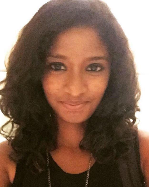 Shanoo Muralidharan Tamil Actress
