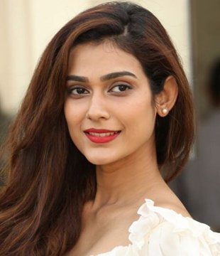 Aakanksha Singh Hindi Actress