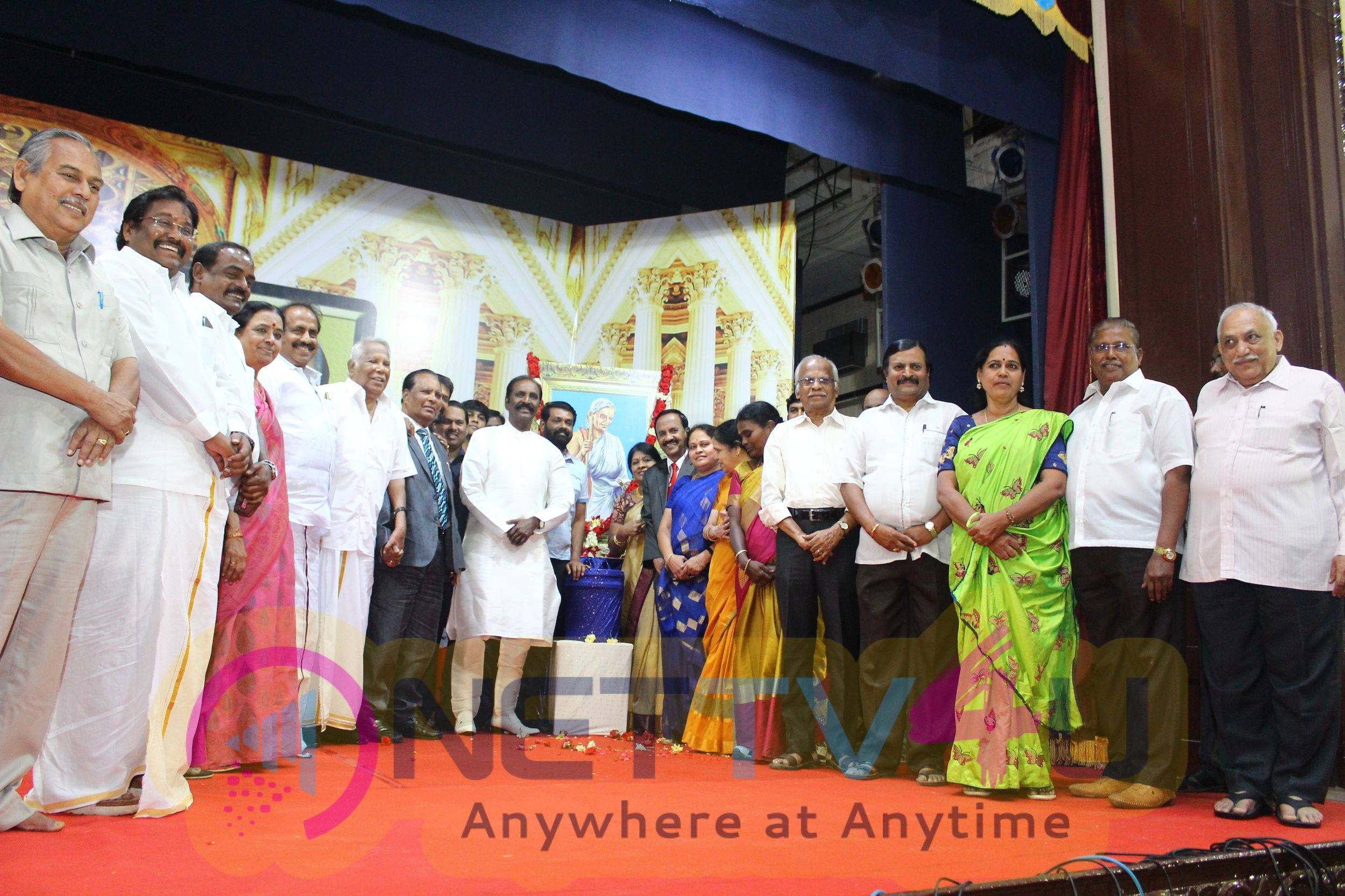 Vairamuthu Talk About Tamil Poem Photos Tamil Gallery
