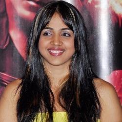 Mauli Dave Hindi Actress
