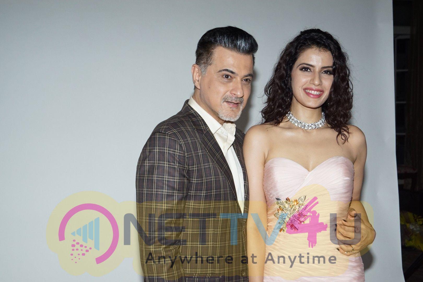 Press Meet Of Cast Dil Sambhal Ja Zara With Sanjay Kapoor & Smriti Kalra Stills Hindi Gallery