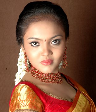 Nikhisha Tamil Actress