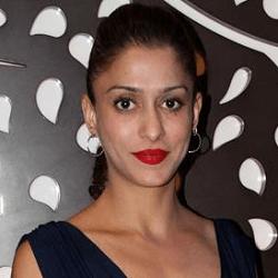Shilpa Sakhlani Hindi Actress