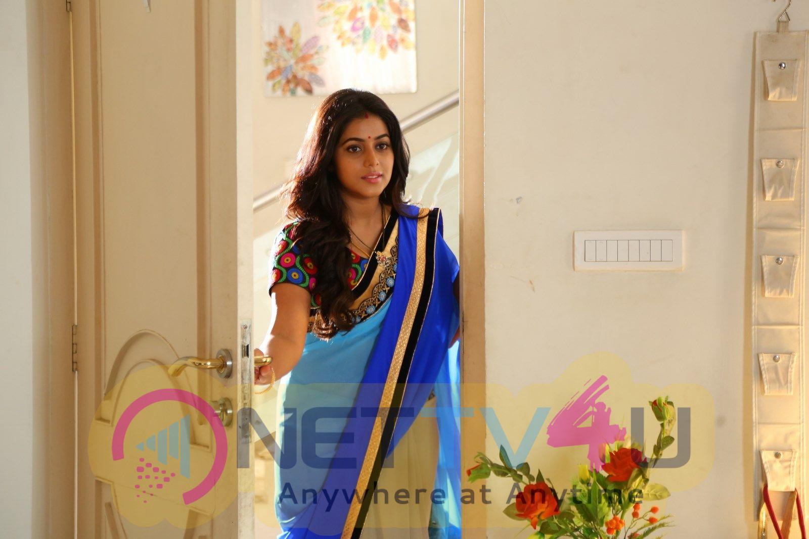Kundhi Movie Stills Tamil Gallery