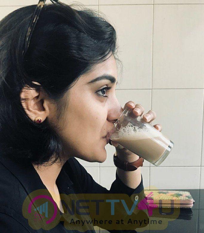 Actress Niveda Thomas Cute Pics Tamil Gallery