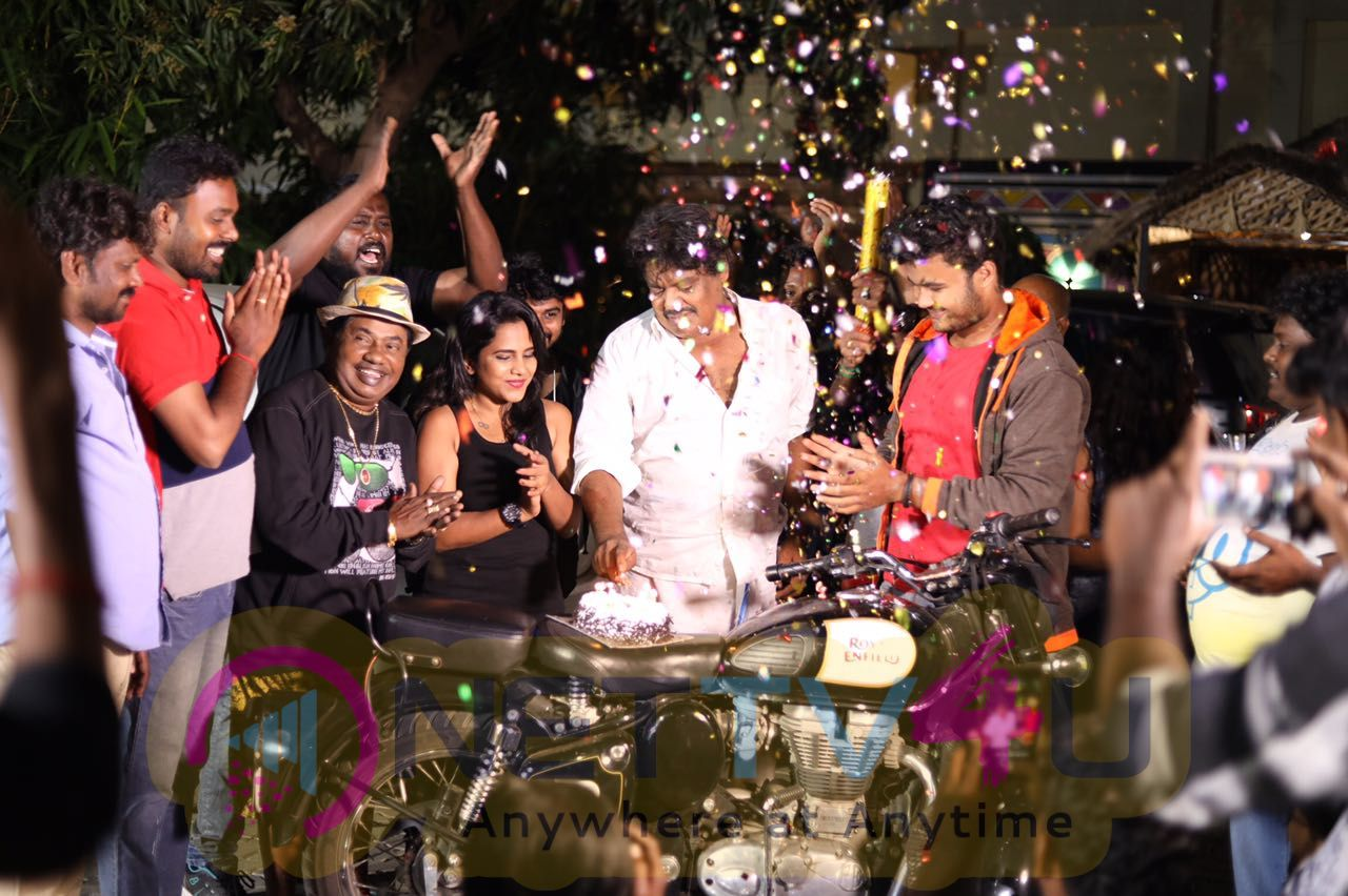 Mansoor Ali Khan Birthday Celebration Photos Tamil Gallery