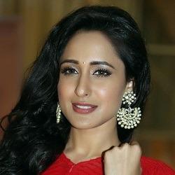 Pragya Jaiswal Hindi Actress