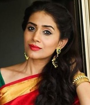 Sonali Kulkarni Hindi Actress