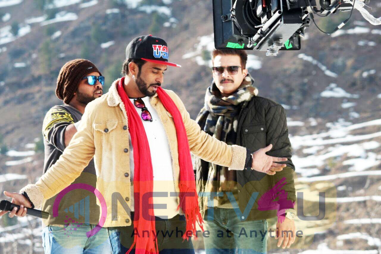 Jimmy Shergill & Diljott Begin Shooting For Veerey Ki Wedding Stills Hindi Gallery