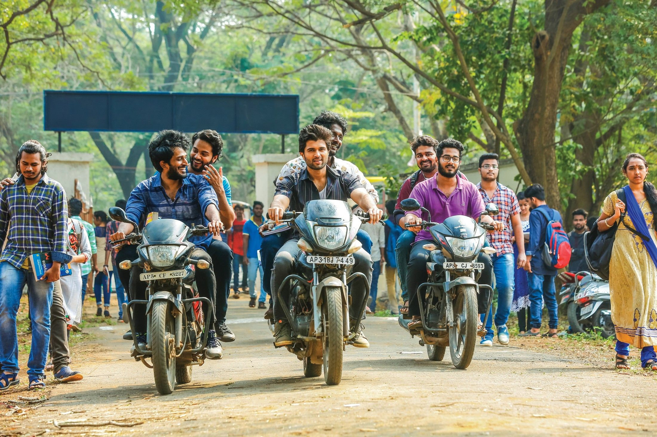 Dear Comrade Movie Images Telugu Gallery