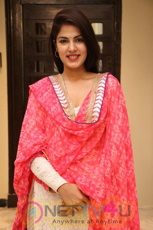 Dhanusu Raasi Neyargalae Movie Pooja Pics Tamil Gallery