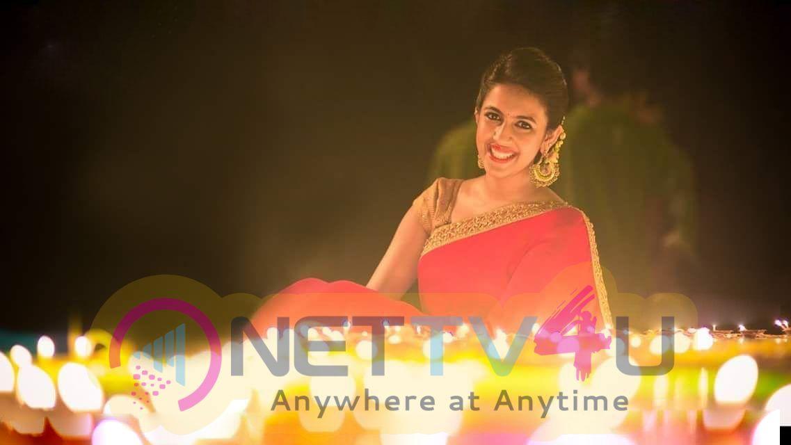 Actress Niharika Konidela Lovely Stills Telugu Gallery