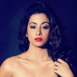 Madhura Naik Hindi Actress