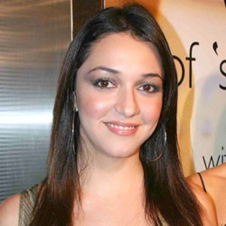 Nauheed Cyrusi Hindi Actress