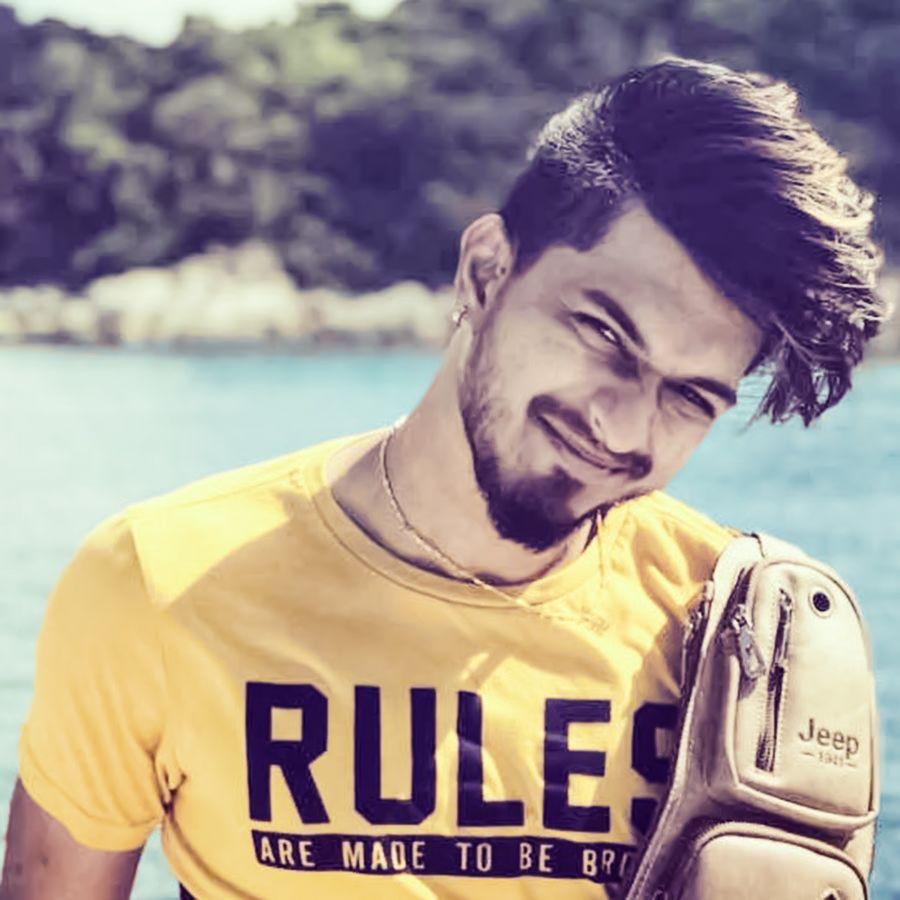 Bigg Boss 3 Contestant Singer Mugen Rao Good Looking Stills Tamil Gallery