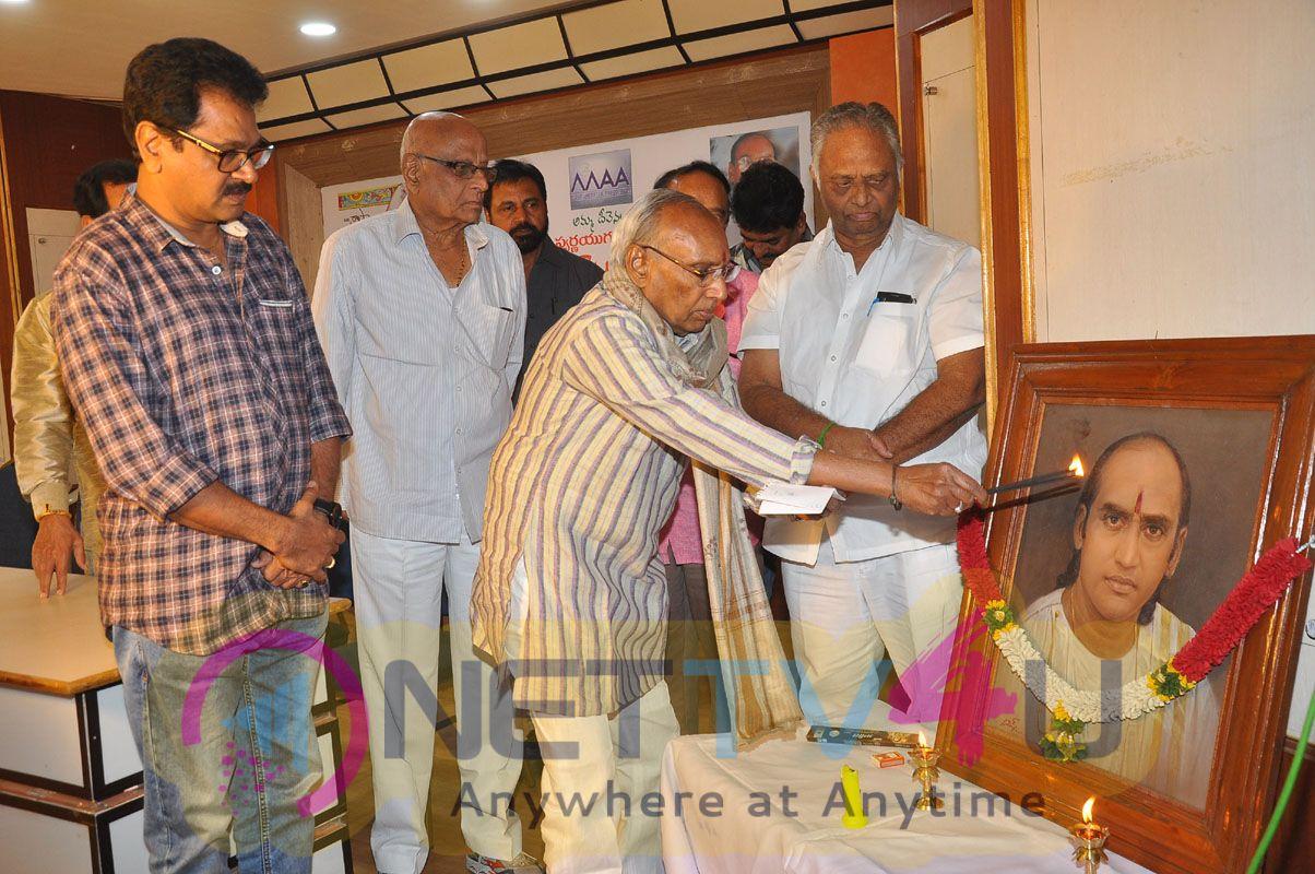 Cine Swarnayugamlo Saradhi Book Launch Photos Telugu Gallery