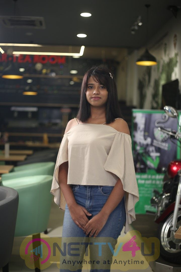 Actress Sharon Rosary Marvin Exclusive Interview Stills Tamil Gallery