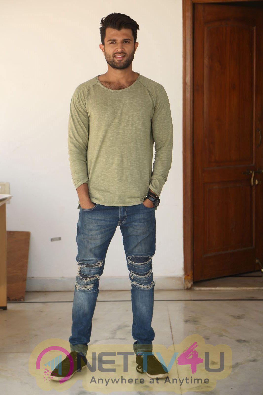 Actor Vijay Devarakonda Charming interview  Photos Telugu Gallery