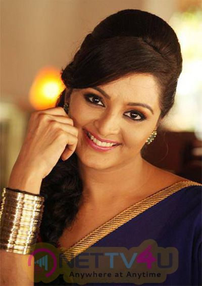 Actress Manju Warrier Charming Stills Malayalam Gallery